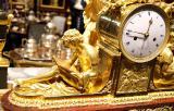 Антикварный салон дорого приобретет иконы, картины, книги, мебель, часы, фарфор и многое другое