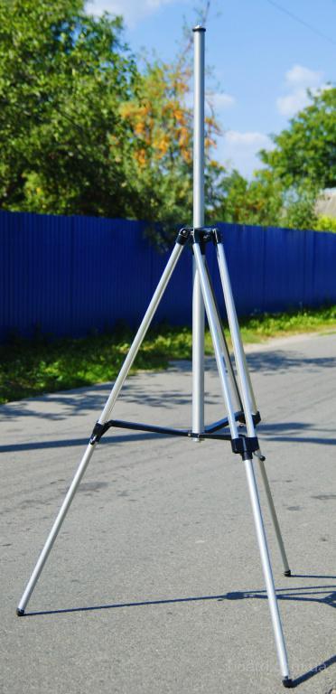 Мощный 2-х метр. устойчивый штатив 4 ШКС