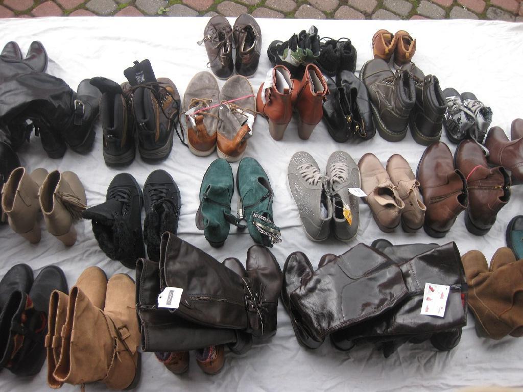 Новая обувь из Европы. Мешанная. мужская+женская+детская. Осень, зима. На вес по 14 евро/кг. 2015-2016.