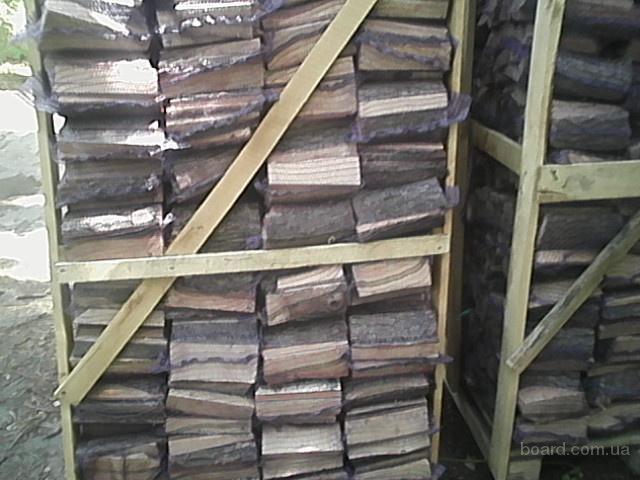 дрова колотые дубовые