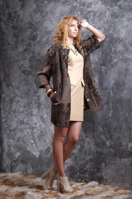 Пальто из каракульчи Svakara цвета какао
