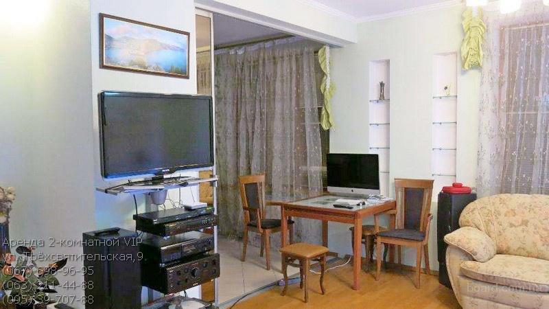 Аренда 2-комнатной в центре Киева. Без комиссии!