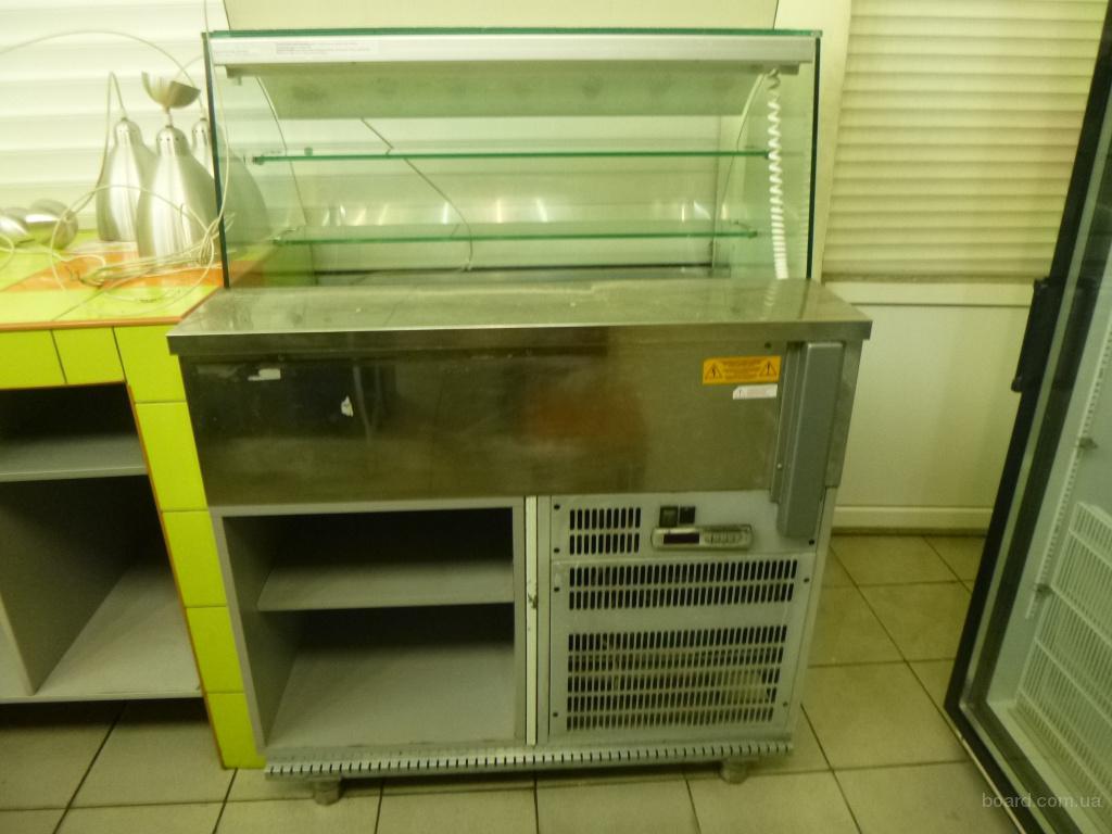 Продам холодильную витрину De Blasi бу