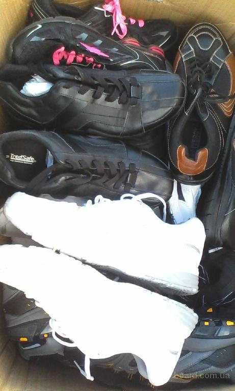 БУ + новая спортивная обувь, кроссовки из Англии на вес по 15,5 евро/кг. Минимальный заказ 15 кг.