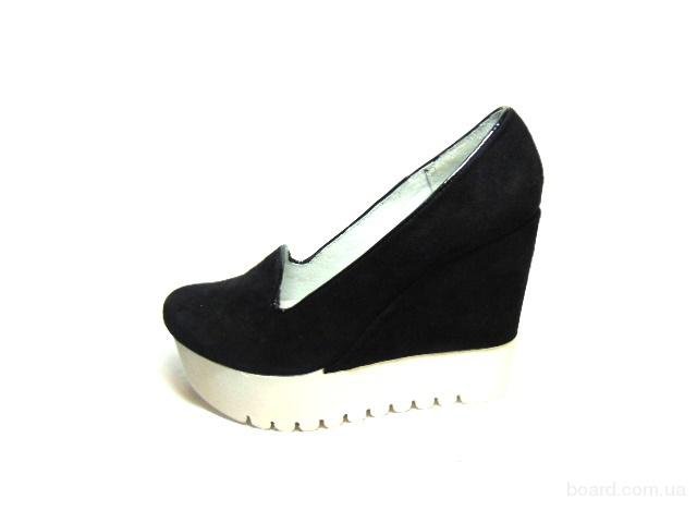 Женские туфли на тракторной платформе