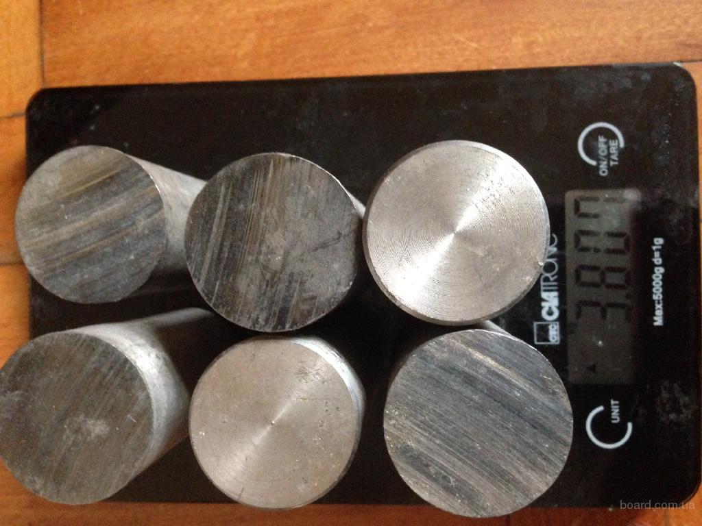 Ниобий НБ 5 В 2 МЦ круг 3.8 кг