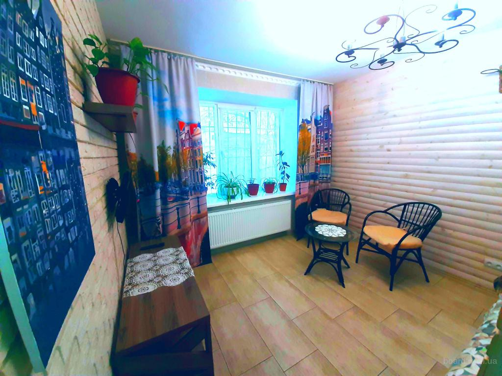 Квартира с хорошим ремонтом в Чернигове посуточно почасово