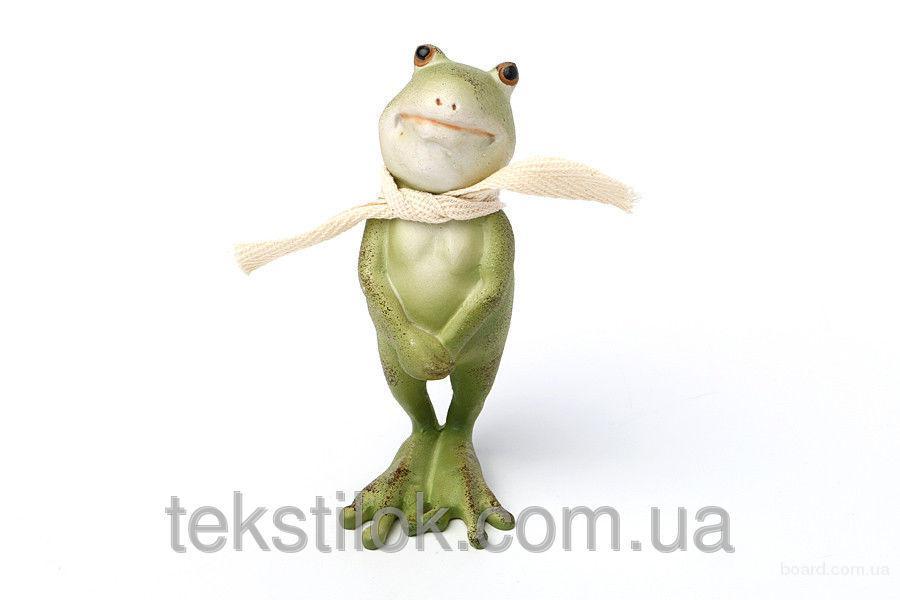 Лягушка в шарфе