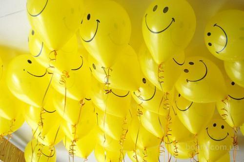 Прикрашення приміщення повітряними кульками !