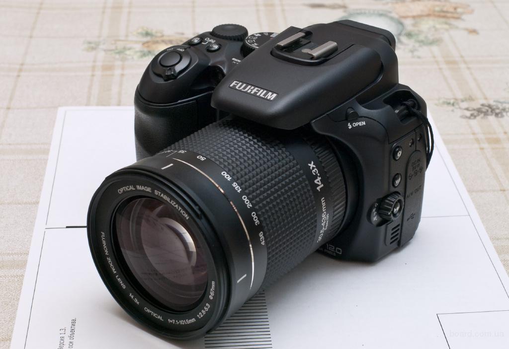 Fujifilm S200EXR + конвертер 0.8x = 25 - 436 mm