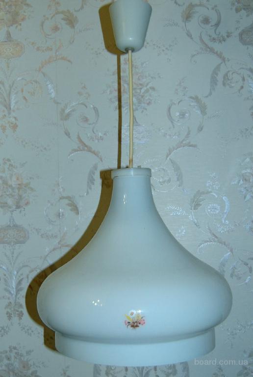 Светильник потолочный на одну лампочку производство  Россия(Санкт- Петербург)