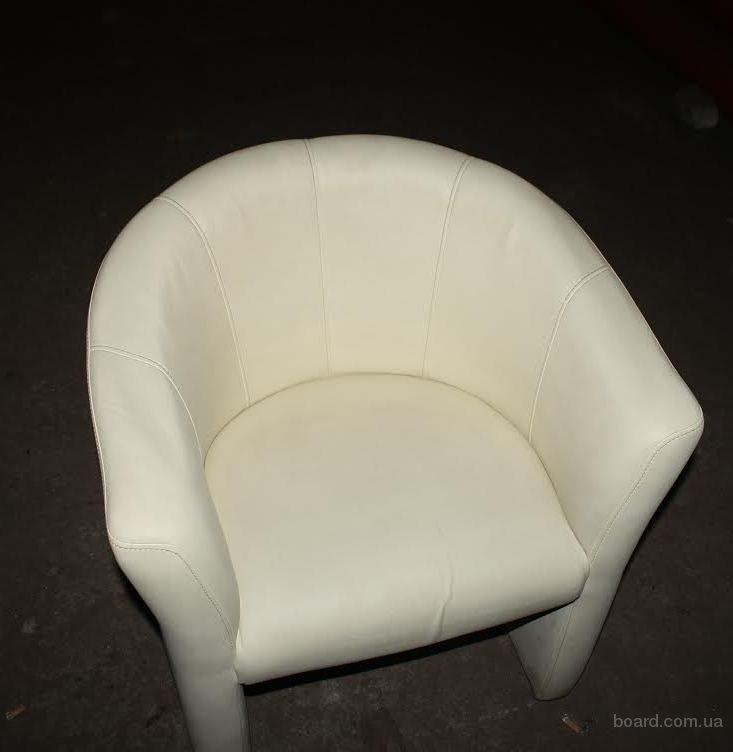Бежевые кресла для ресторана бу