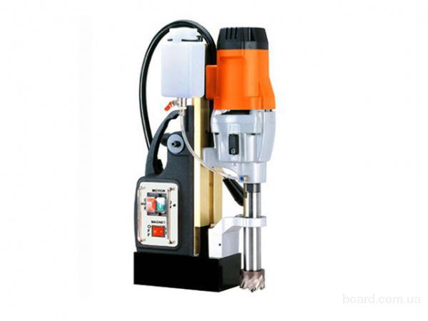 Магнитный сверлильный станок AGP MD 500/2 (220В, 1,8 кВт, 2 скорости 380/230, 500/300 об/мин)