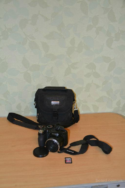 Продам квазизеркальный фотоаппарат Fujifilm S1900