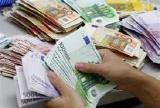 предлагает кредиты в пределах от € 1500 до € 2,500,000