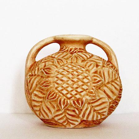 Продам Амфора круглая резная (керамика)