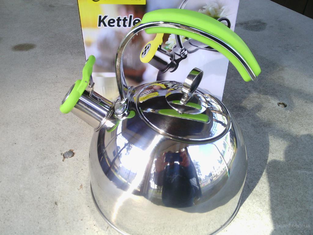 Чайник на2.5 литра со свистком MR1332