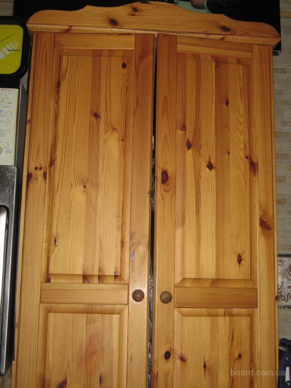 Продам шкаф из натурального дерева