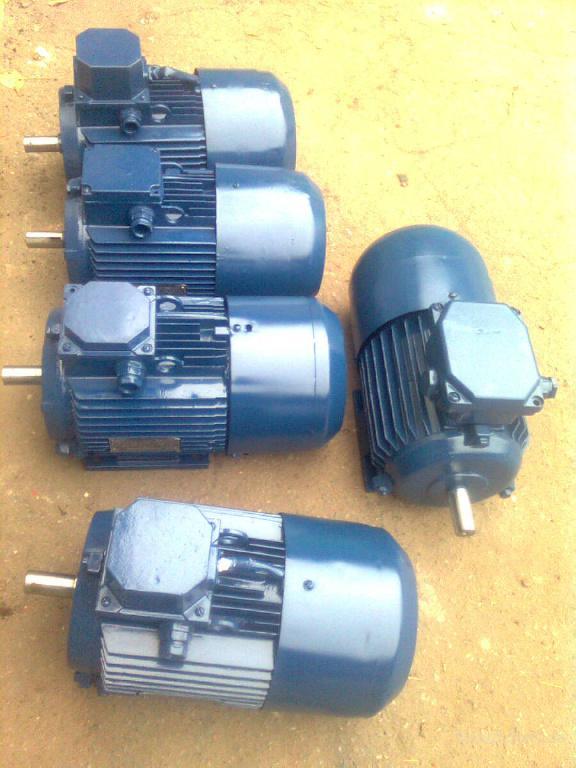 Электродвигатели 0.55 0.75 1.1 1.5 2.2 3 4 5.5 7.5 11 15 18.5 22 30 37 45 55 75 90 квт в наличии на складе. Наш сайт  www.electrodvigatel.com.ua