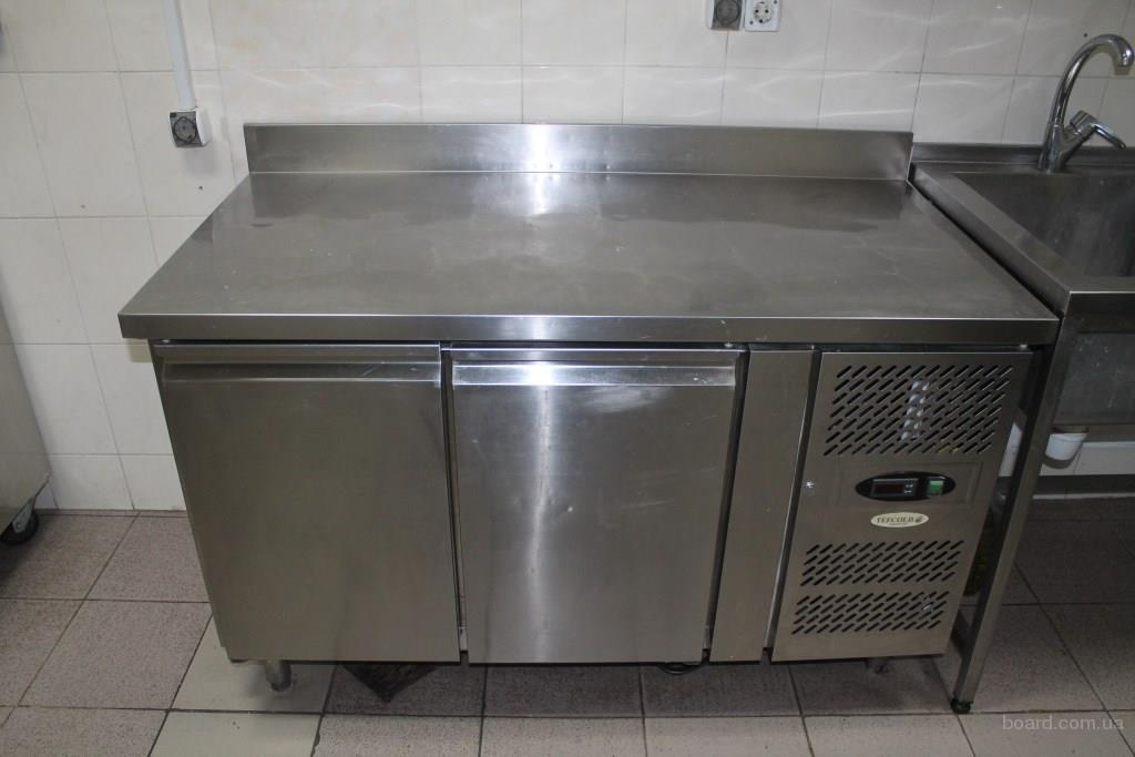 Продам морозильный стол Tefcold CF7210 бу