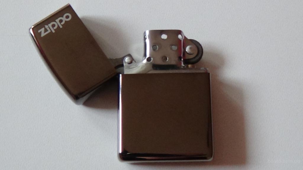 Зажигалка Zippo( blek diamond) в подарочной упаковке