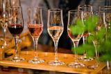 Продам Коньяк, ЧАЧУ, Вино, Водку, Шампанское в 2 литровой пластиковой таре.