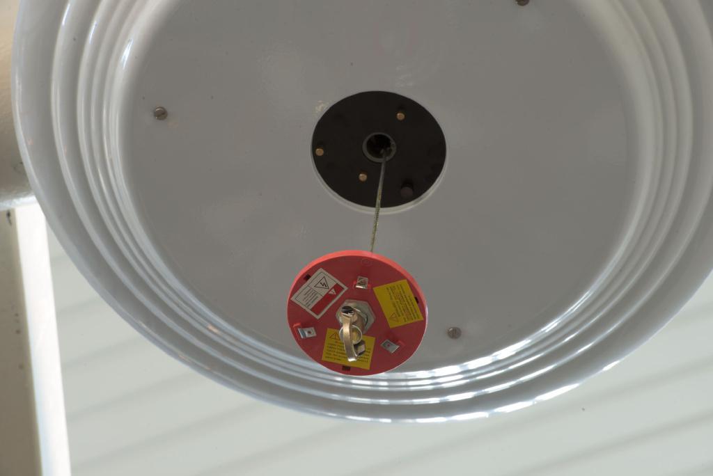 Лифт подъемник лебедка для люстры до 50 кг, спуск-подъем до 4 м