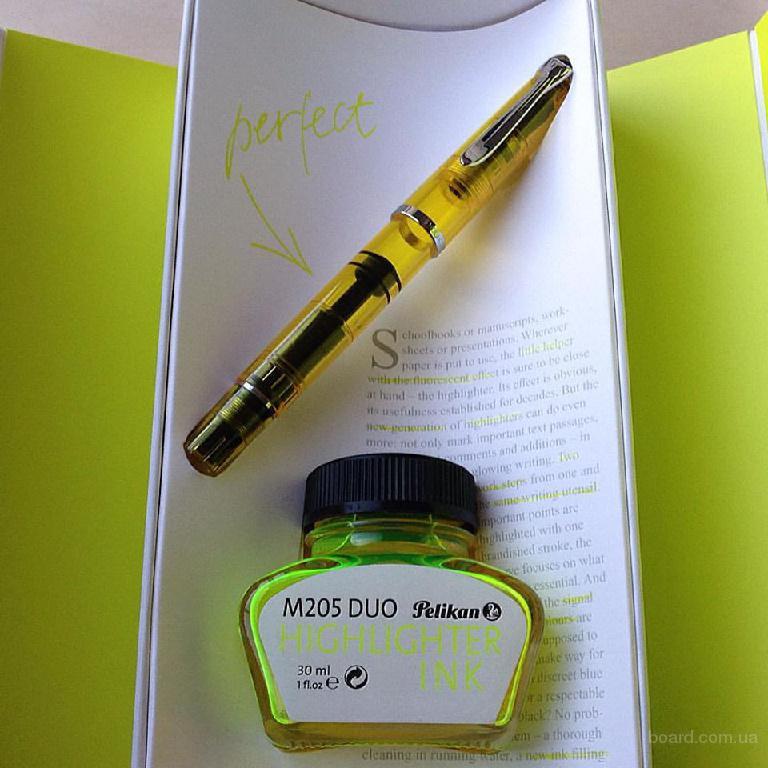 Ручка перьевая Pelikan Classic M205 (текстовыделитель)