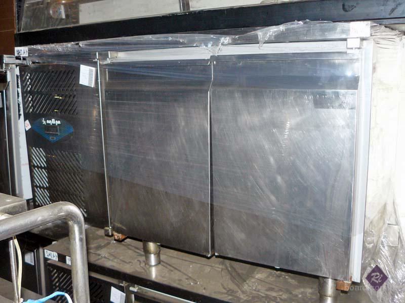 Продается стол холодильный б/у для кафе, бара, ресторана