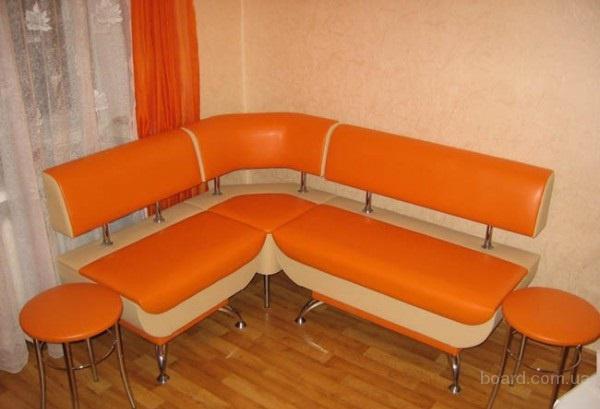 Перетяжка, ремонт мягкой мебели Ирпень