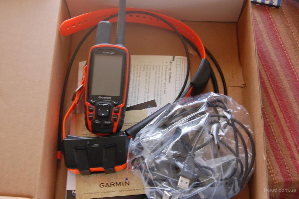 Garmin Alpha 100 Handheld with 5 TT10 Dog Collars
