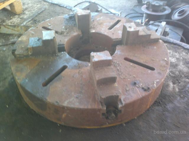 Патрон токарный диаметр 400мм 4-х кулачковый СССР