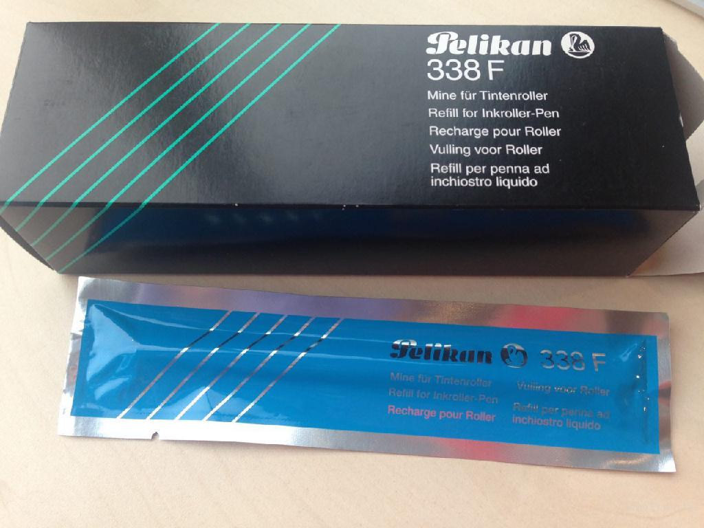 Стержень Pelikan для ручки роллер