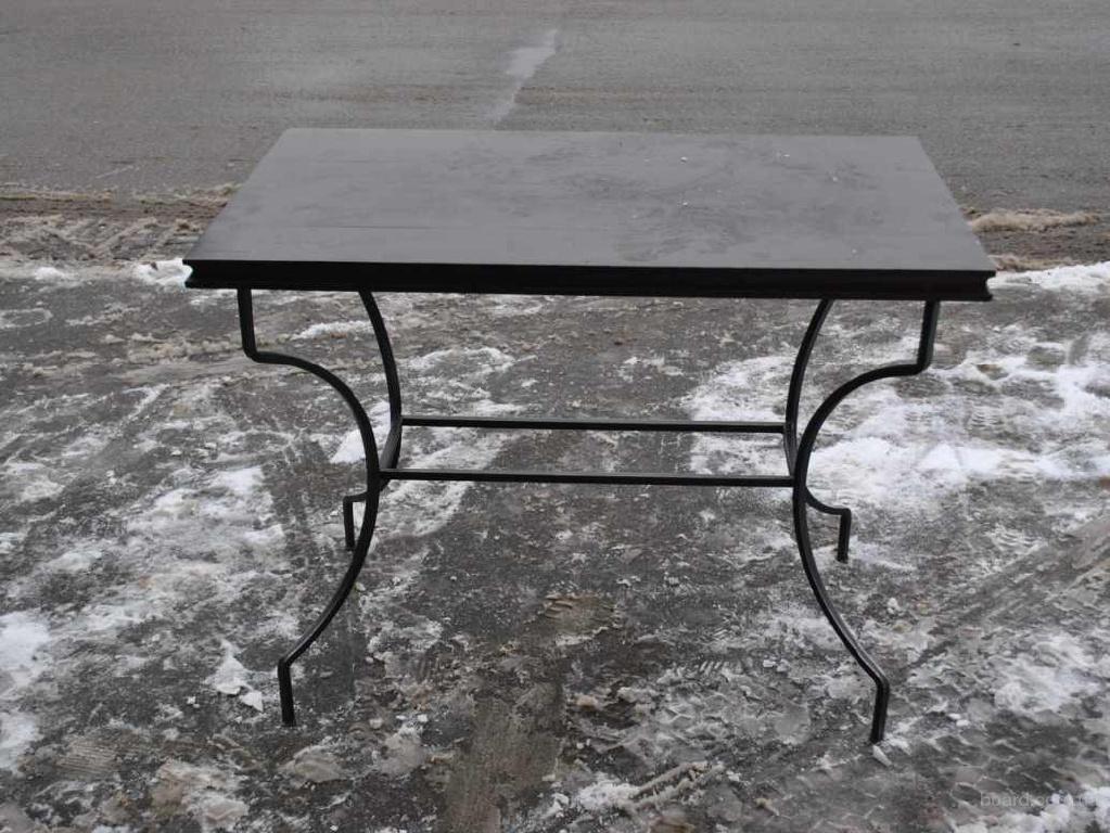 Продам бу столы для кафе