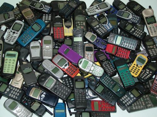 Куплю старые мобильные телефоны и платы из них