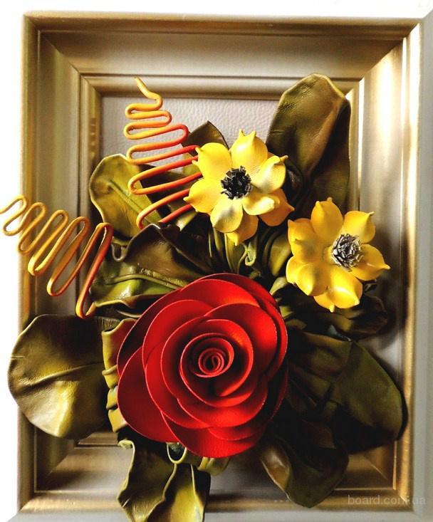Картина из кожи. Цветы