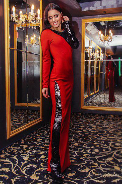 Платье изящное со вставками пайетками 5 0036
