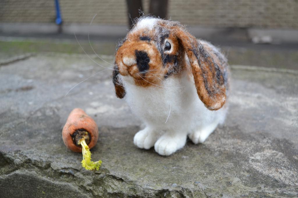 Кролик Шустрик работа по фото Валяние из шерсти
