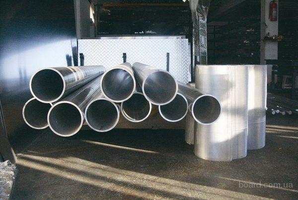 Труба на глушитель перфорированная нержавеющая 50 х 2 мм, длина 1450мм, отверстия 7,5мм