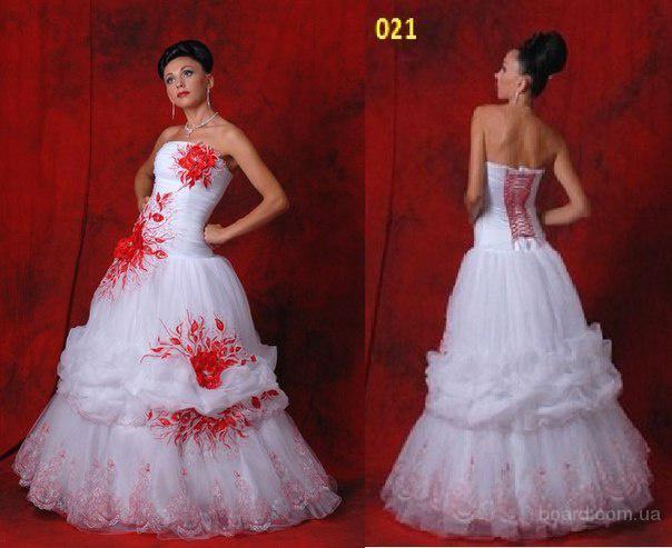 Акция - при покупке свадебного платья от салона Elen-Mary