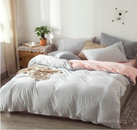 Декоративные подушки и чехлы на подушки.