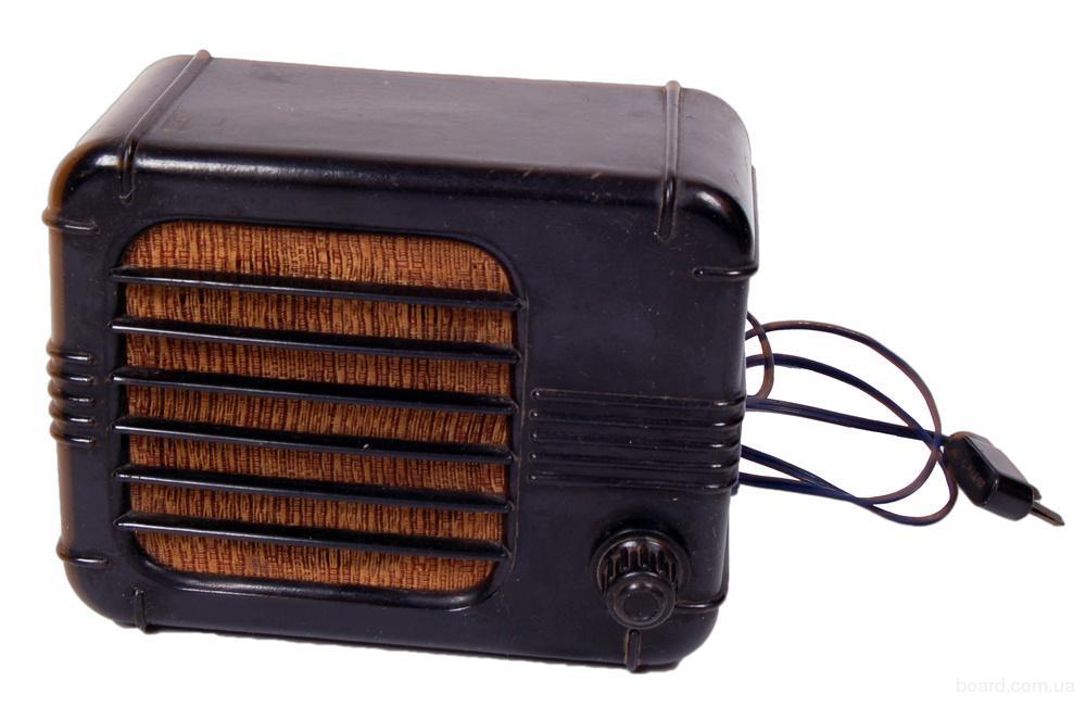 старые радиоприёмники и громкоговорители продам. Радио СССР для интерьера и декора