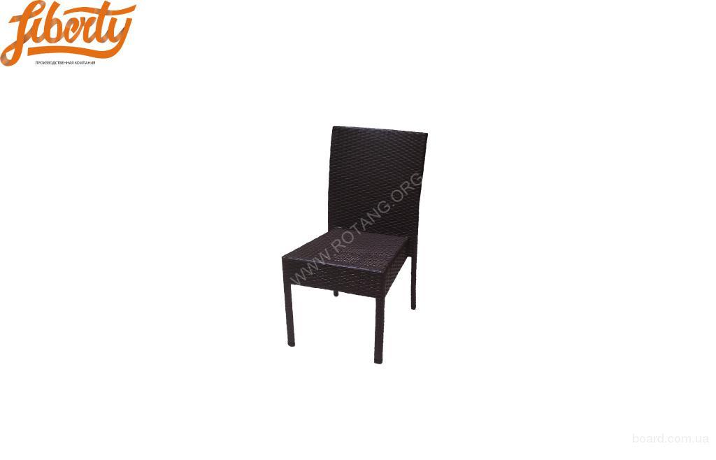 Плетеный стул из искусственного ротанга  Louie