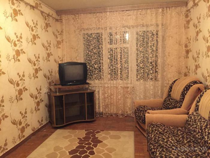 2-комнатная, Днепровский район, Воскресенка, ул.Карбышева