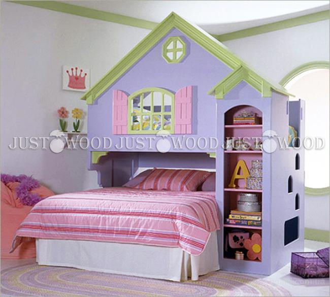 Детская кроватка Замок из натурального дерева