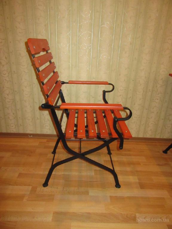 стул деревяный с подлокотниками роскладной