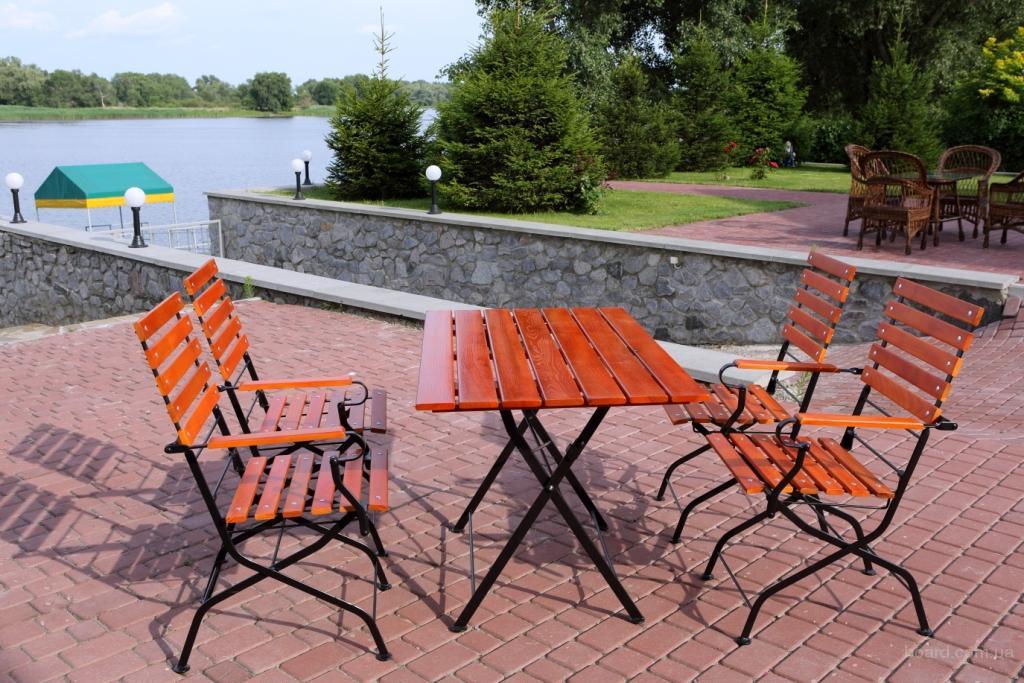 стол для кафе,дачи,открытых террас