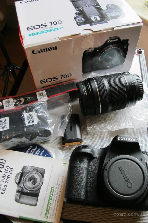 Canon EOS 70D DSLR камера с 18-135mm F / 3.5-5.6 STM объектива