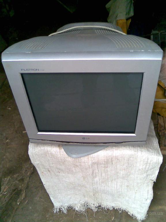 Монитор Flatron F700P