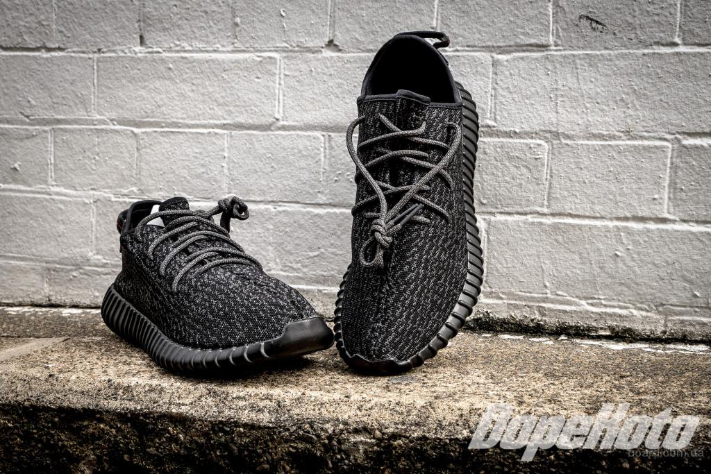Акция!!! Кроссовки Adidas Yeezy Boost 350 (Pirate Black)